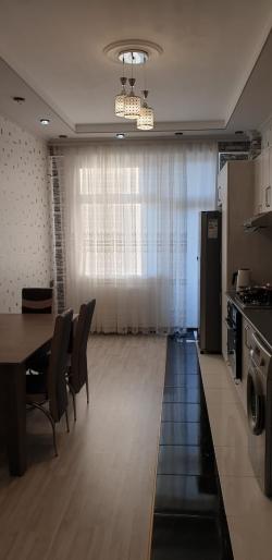Bakı şəhəri, Nəsimi rayonunda, 2 otaqlı yeni tikili kirayə verilir (Elan: 193897)