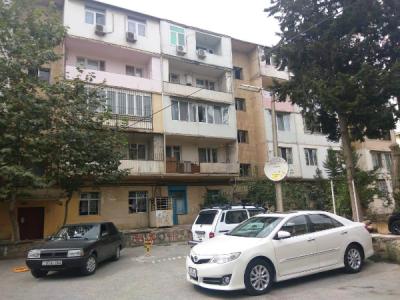 Bakı şəhəri, Yasamal rayonunda, 3 otaqlı köhnə tikili satılır (Elan: 108417)
