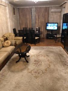 Bakı şəhəri, Nərimanov rayonunda, 3 otaqlı yeni tikili kirayə verilir (Elan: 107267)