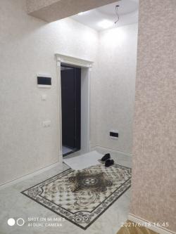 Bakı şəhəri, Nəsimi rayonu, 5-ci mikrorayon qəsəbəsində, 2 otaqlı yeni tikili satılır (Elan: 190080)