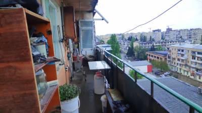 Bakı şəhəri, Sabunçu rayonu, Bakıxanov qəsəbəsində, 2 otaqlı köhnə tikili satılır (Elan: 157887)