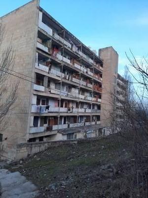 Bakı şəhəri, Suraxanı rayonu, Yeni Günəşli qəsəbəsində, 2 otaqlı köhnə tikili satılır (Elan: 167441)
