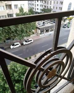 Bakı şəhəri, Nəsimi rayonunda, 3 otaqlı yeni tikili satılır (Elan: 147386)