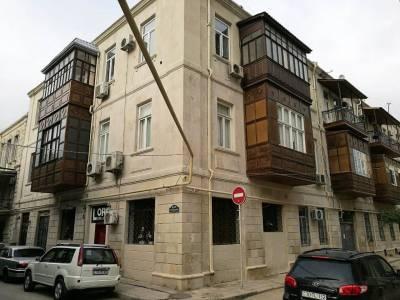 Bakı şəhəri, Səbail rayonunda, 5 otaqlı ofis kirayə verilir (Elan: 146287)