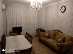 Bakı şəhəri, Xətai rayonu, Əhmədli qəsəbəsində, 3 otaqlı köhnə tikili satılır (Elan: 193764)