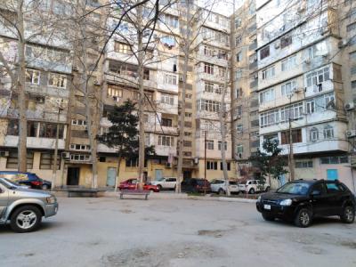 Bakı şəhəri, Yasamal rayonunda, 3 otaqlı köhnə tikili satılır (Elan: 106824)