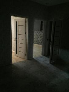 Xırdalan şəhərində, 4 otaqlı yeni tikili kirayə verilir (Elan: 107976)