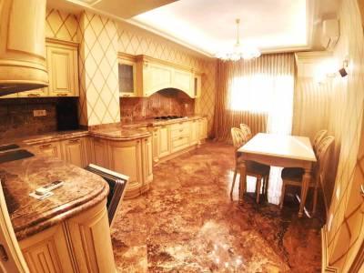 Bakı şəhəri, Yasamal rayonunda, 4 otaqlı yeni tikili satılır (Elan: 117187)