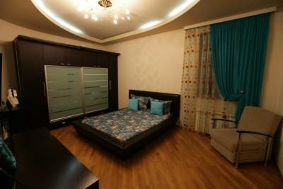 Bakı şəhəri, Yasamal rayonunda, 3 otaqlı yeni tikili kirayə verilir (Elan: 110867)
