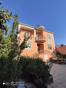 Bakı şəhəri, Səbail rayonu, Badamdar qəsəbəsində, 7 otaqlı ev / villa satılır (Elan: 166308)