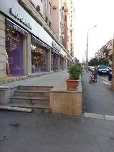 Bakı şəhəri, Binəqədi rayonu, 8-ci mikrorayon qəsəbəsində, 3 otaqlı yeni tikili satılır (Elan: 126721)