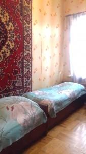 Bakı şəhəri, Yasamal rayonunda, 3 otaqlı köhnə tikili satılır (Elan: 110512)