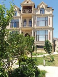 Bakı şəhəri, Səbail rayonunda, 10 otaqlı ev / villa satılır (Elan: 109830)