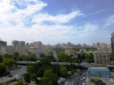 Bakı şəhəri, Yasamal rayonunda, 2 otaqlı yeni tikili satılır (Elan: 107300)