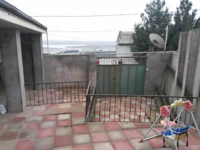 Bakı şəhərində, 2 otaqlı ev / villa satılır (Elan: 154439)