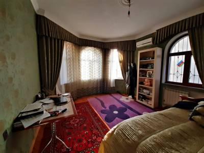 Bakı şəhəri, Binəqədi rayonu, 7-ci mikrorayon qəsəbəsində, 6 otaqlı ev / villa satılır (Elan: 153806)