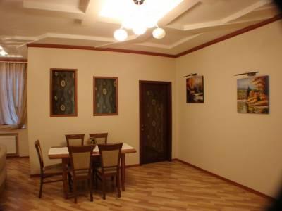 Bakı şəhəri, Yasamal rayonunda, 3 otaqlı yeni tikili kirayə verilir (Elan: 115692)