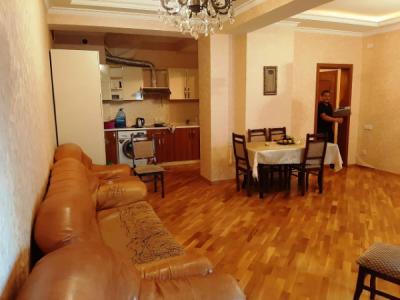 Bakı şəhəri, Yasamal rayonunda, 2 otaqlı yeni tikili satılır (Elan: 107634)