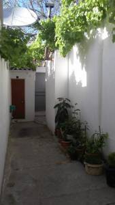 Bakı şəhəri, Binəqədi rayonu, 6-cı mikrorayon qəsəbəsində, 7 otaqlı köhnə tikili satılır (Elan: 154472)