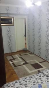 Bakı şəhəri, Nərimanov rayonu, Böyükşor qəsəbəsində, 4 otaqlı köhnə tikili satılır (Elan: 172643)