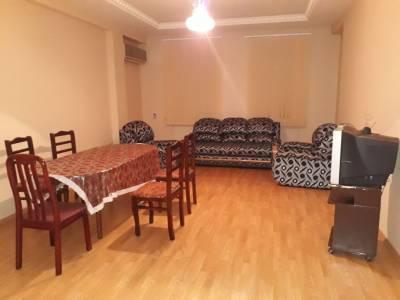 Bakı şəhəri, Nəsimi rayonunda, 3 otaqlı yeni tikili kirayə verilir (Elan: 113422)