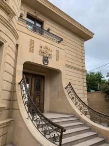 Bakı şəhəri, Səbail rayonu, Badamdar qəsəbəsində, 5 otaqlı ev / villa kirayə verilir (Elan: 144966)