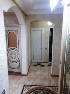 Bakı şəhəri, Nəsimi rayonunda, 3 otaqlı köhnə tikili satılır (Elan: 107807)