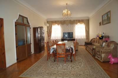 Bakı şəhəri, Səbail rayonu, Badamdar qəsəbəsində, 5 otaqlı ev / villa satılır (Elan: 172855)