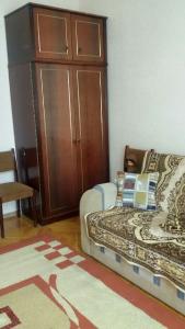 Bakı şəhəri, Səbail rayonunda, 3 otaqlı köhnə tikili satılır (Elan: 106401)
