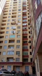 Bakı şəhəri, Nərimanov rayonunda, 3 otaqlı yeni tikili kirayə verilir (Elan: 107373)