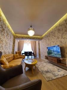 Bakı şəhəri, Xətai rayonunda, 2 otaqlı yeni tikili kirayə verilir (Elan: 148034)