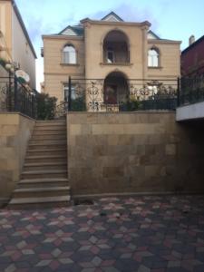 Bakı şəhəri, Səbail rayonu, Badamdar qəsəbəsində, 6 otaqlı ev / villa satılır (Elan: 109181)