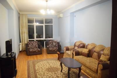 Bakı şəhəri, Nərimanov rayonunda, 2 otaqlı yeni tikili kirayə verilir (Elan: 157895)