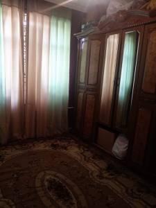 Bakı şəhəri, Yasamal rayonunda, 3 otaqlı köhnə tikili satılır (Elan: 155847)