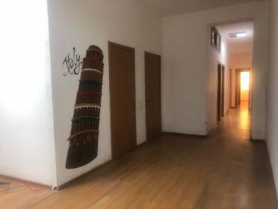 Bakı şəhəri, Nəsimi rayonunda, 6 otaqlı ofis kirayə verilir (Elan: 154223)