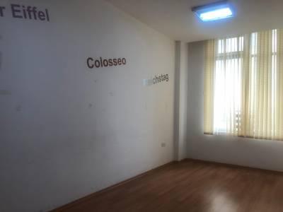 Bakı şəhəri, Nəsimi rayonunda, 6 otaqlı ofis kirayə verilir (Elan: 160560)