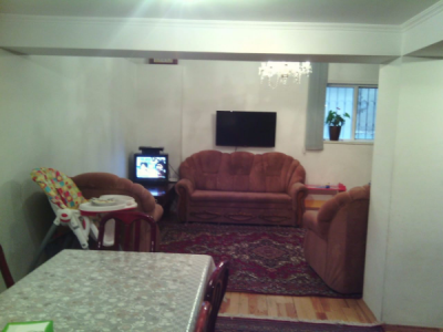 Bakı şəhəri, Binəqədi rayonu, 6-cı mikrorayon qəsəbəsində, 5 otaqlı ev / villa satılır (Elan: 108843)