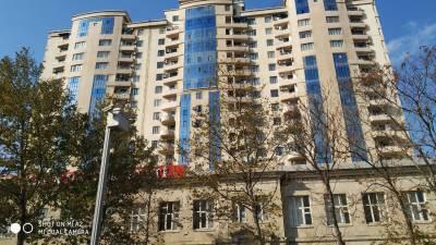 Bakı şəhəri, Nərimanov rayonunda, 3 otaqlı yeni tikili satılır (Elan: 113933)