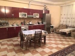 Bakı şəhəri, Xətai rayonunda, 3 otaqlı yeni tikili kirayə verilir (Elan: 202502)