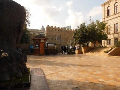 Bakı şəhəri, Səbail rayonunda, 2 otaqlı köhnə tikili satılır (Elan: 109605)