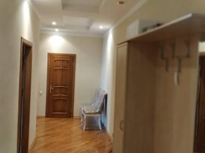 Bakı şəhəri, Nəsimi rayonunda, 2 otaqlı yeni tikili kirayə verilir (Elan: 160335)