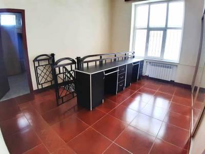 Bakı şəhəri, Yasamal rayonunda, 6 otaqlı ev / villa satılır (Elan: 115254)
