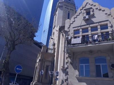 Bakı şəhəri, Səbail rayonunda, 2 otaqlı ofis kirayə verilir (Elan: 159924)