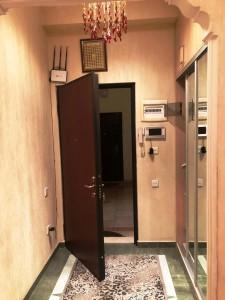 Bakı şəhəri, Nəsimi rayonunda, 5 otaqlı yeni tikili kirayə verilir (Elan: 109368)