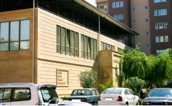 Bakı şəhəri, Yasamal rayonunda, 4 otaqlı yeni tikili kirayə verilir (Elan: 202299)
