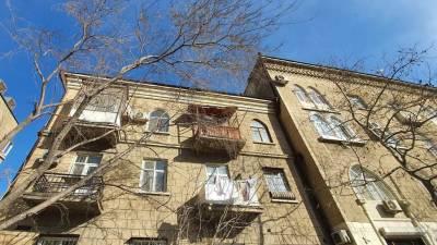 Bakı şəhəri, Yasamal rayonunda, 2 otaqlı köhnə tikili satılır (Elan: 126671)