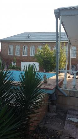 Bakı şəhəri, Sabunçu rayonu, Bilgəh qəsəbəsində, 5 otaqlı ev / villa kirayə verilir (Elan: 183997)
