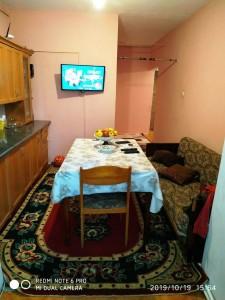 Bakı şəhəri, Nizami rayonu, 8-ci kilometr qəsəbəsində, 2 otaqlı köhnə tikili satılır (Elan: 109259)