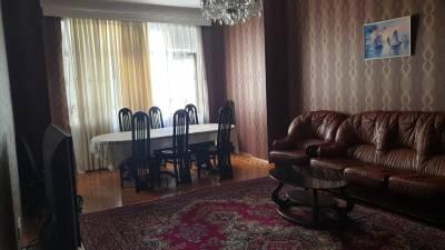 Bakı şəhəri, Nəsimi rayonunda, 4 otaqlı yeni tikili kirayə verilir (Elan: 158143)