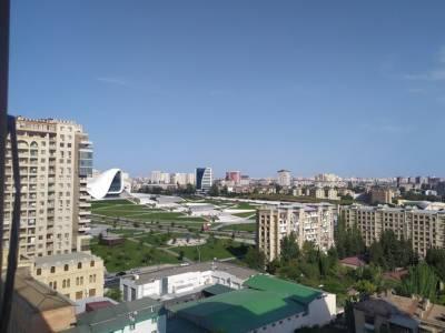 Bakı şəhəri, Nərimanov rayonunda, 4 otaqlı yeni tikili satılır (Elan: 161856)